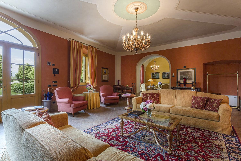 Villa Interior Lucca family villa Tusancy Italy