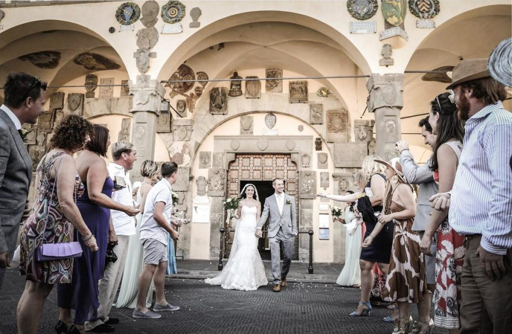 Wedding celebration outdoor Large Wedding Villa in Italy, Tuscany, between Arezzo and Florence