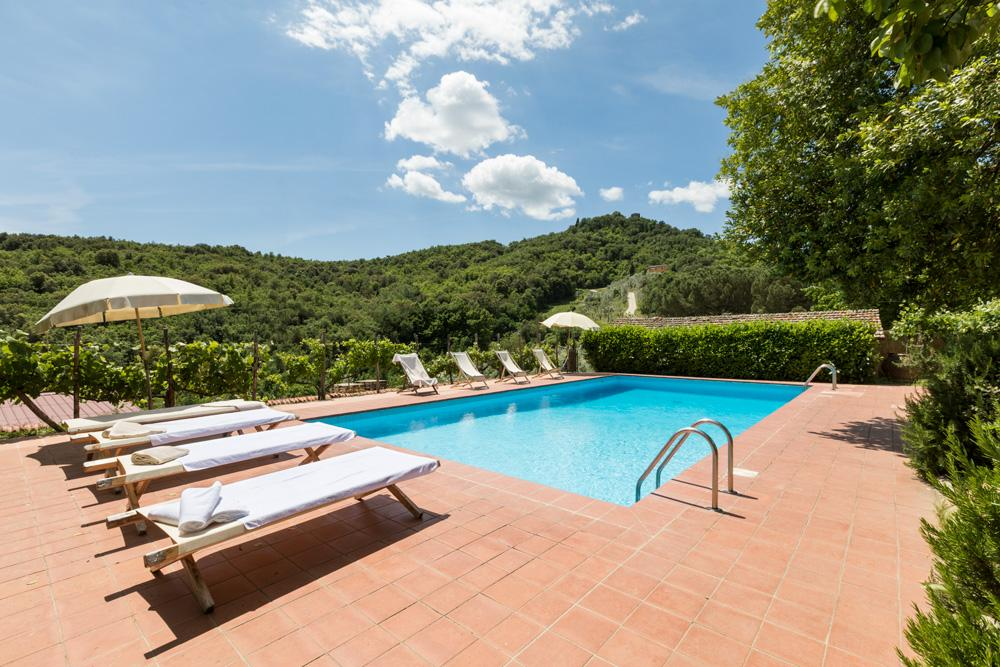 Outdoor Swimming pool Large Wedding Villa in Italy, Tuscany,