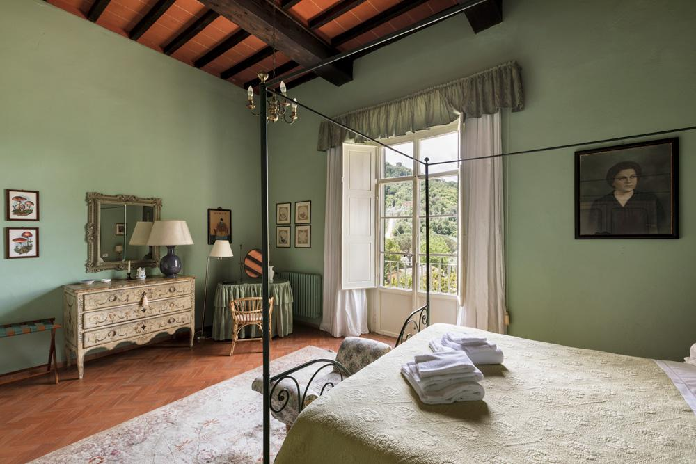 ensuite double bedrooms of the wedding villa in Tuscany, Italy