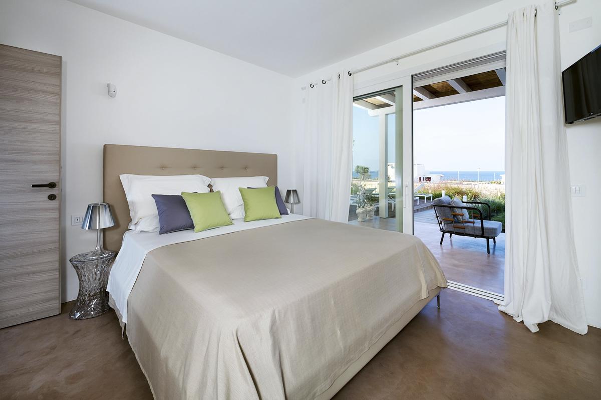 Double Sea view balcony bedrooms