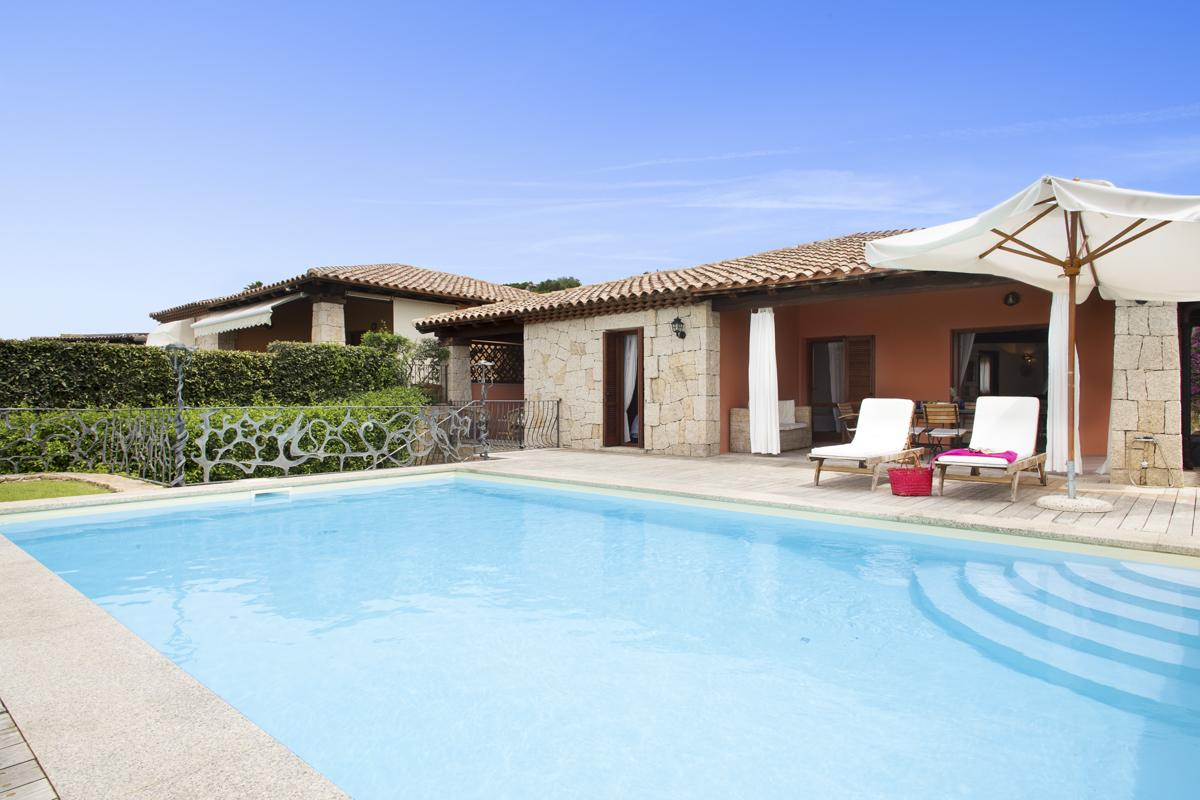 outdoor garden pool San Teodoro holiday rental with a private pool in Sardinia