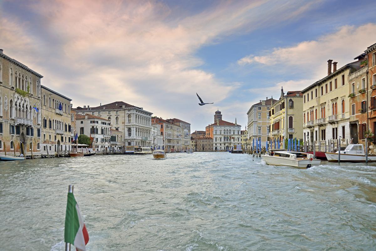 vaporetto stop Apartment villa Venice
