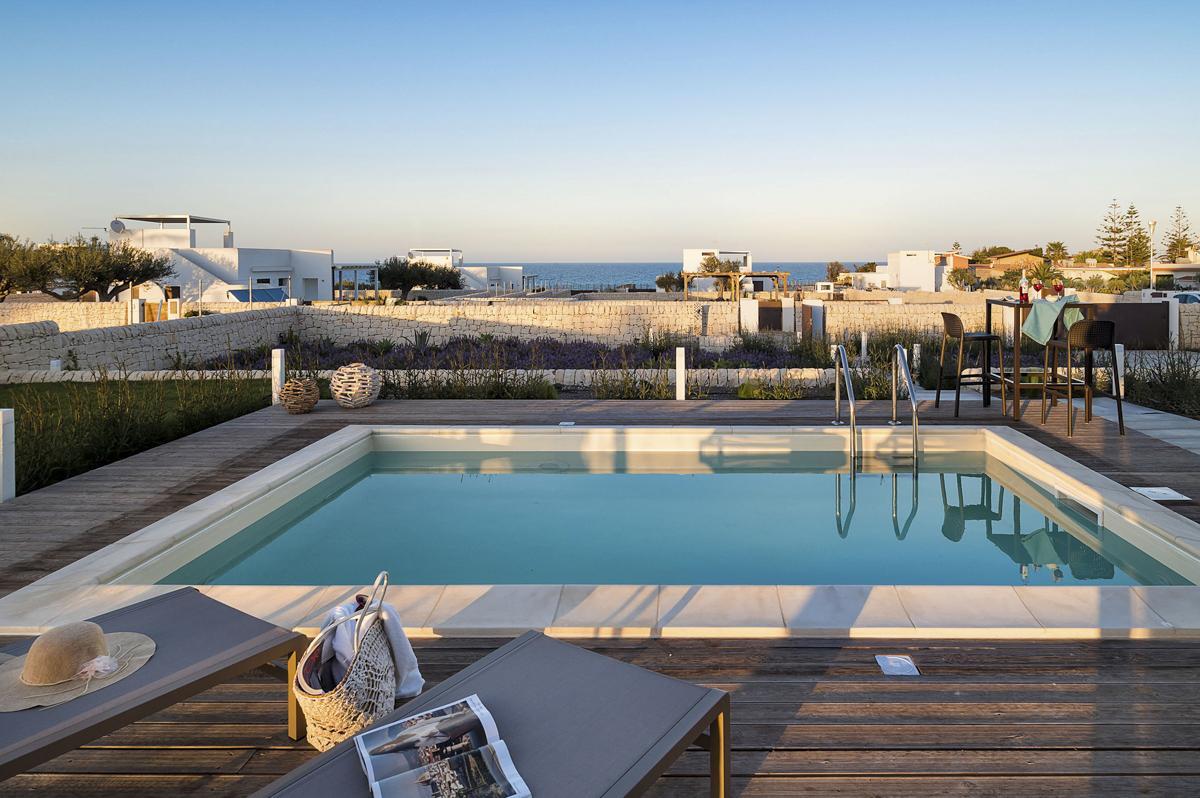 Pool garden family-Friendly villa holiday rental in Sicily