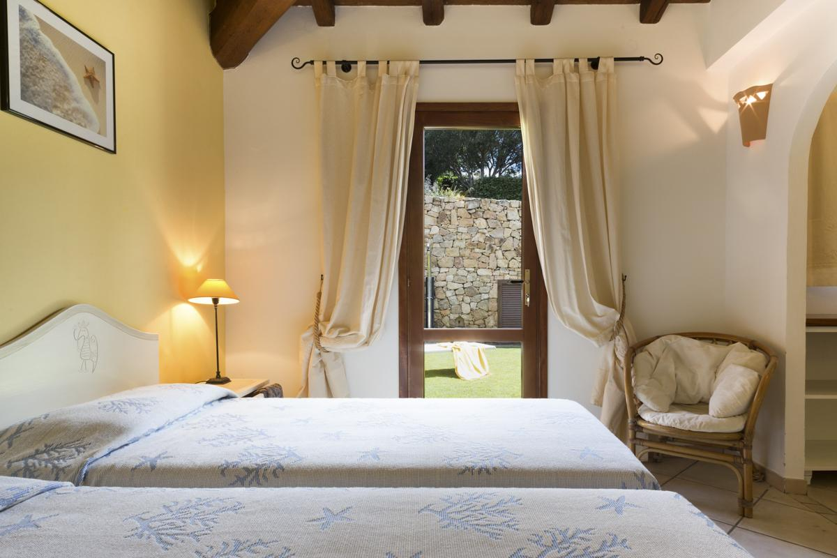 Twin bedroom villa Sardinia, Italy
