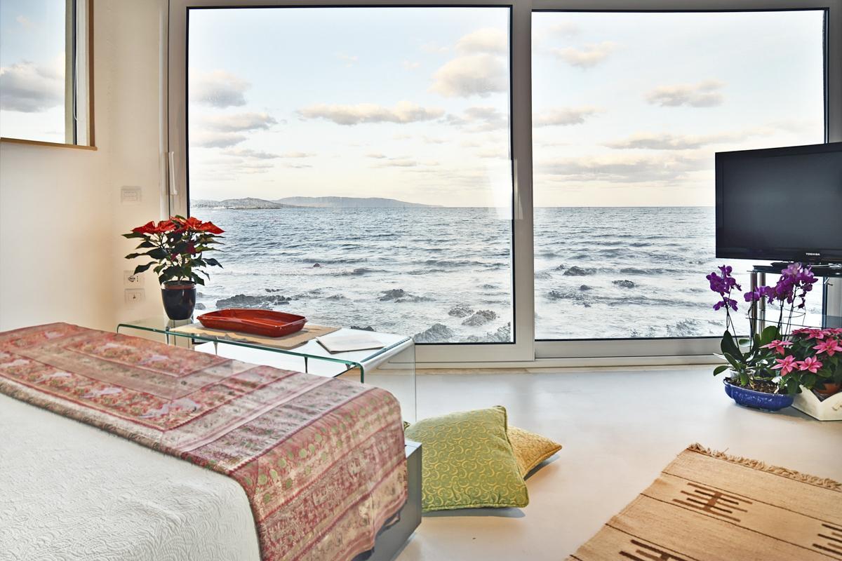 Double en-suite bedroom sea views