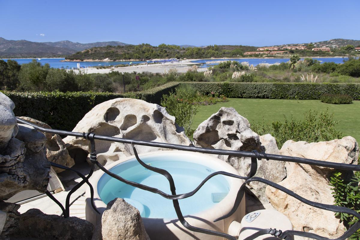 Hot Tub Jacuzzi outdoor garden pool areas